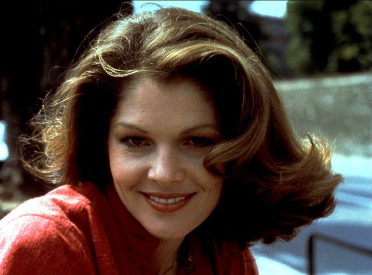 images Lois Chiles